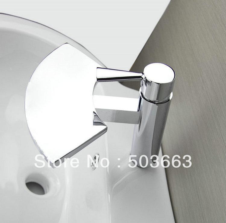 Brass Bathroom Single Handle Mixer Tap Chrome Finished: Luxury Design Single Handle Deck Mounted Bathroom Basin